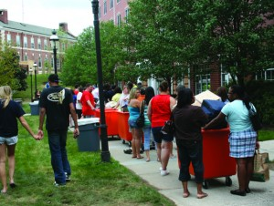 The class of 2013 moves in to Bixler Hall on Sunday, August 23, 2009.