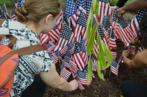 Students honor those who were affected 13 years ago in the 9/11 attacks (Photo by Erica Naugle/Charger Bulletin)