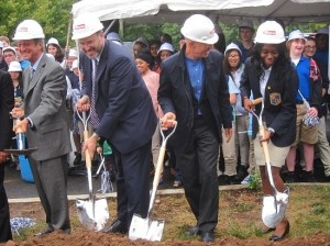 UNH President Steven Kaplan, Pryor, Architect Svigals, and ESUMS Senior Odia Kane breaking ground for the Engineering and Science University Magnet School (A New Haven Independent Photo)