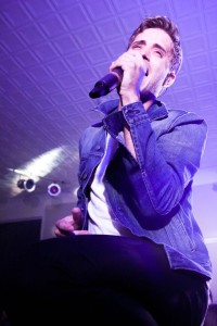 The Summer Set frontman Brian Dales  (Photo by Samantha Reposa/Charger Bulletin photo)